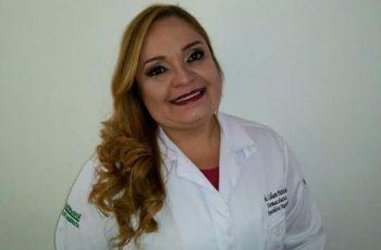 Profissional  Farmacêutica em Farmácia de Manipulação